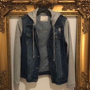 Denim hoodie jacket size small